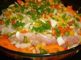 Peito de Frango com Cenoura e Batatas no Forno