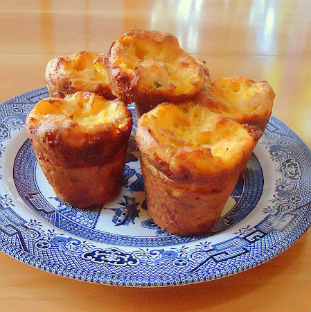 Simple Scallion and Cheddar Cheese Popovers