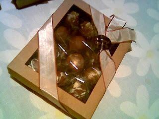TRUFAS DE CHOCOLATE - PASCOA