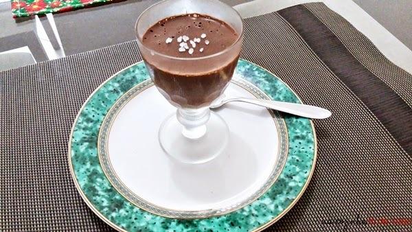 Mouse de Chocolate Amargo com Melado de Cana e Flor de Sal