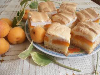 Kajszibarackos-túrós süti