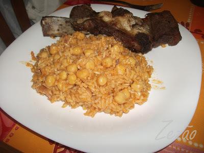 arroz de forno com grão de bico