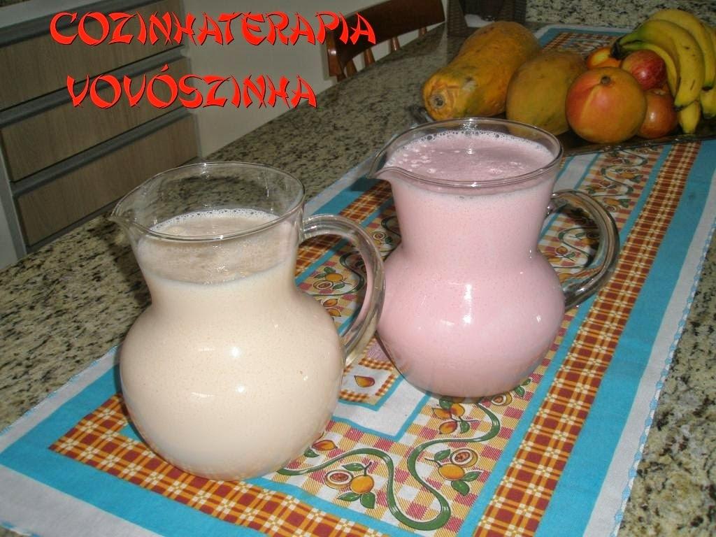 light de gelatina batido com iogurte de morango