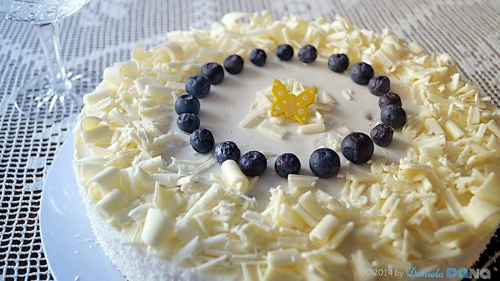 Light blueberry gateau / Ľahká čučoriedková torta