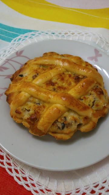TORTA DE RICOTA  E TORTA DE MORANGOS
