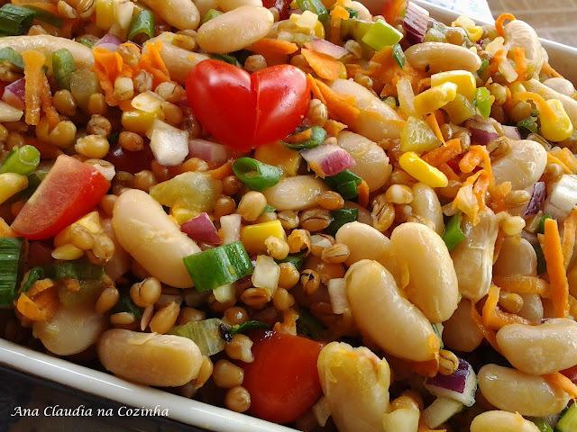 Salada de Feijão Branco e Trigo