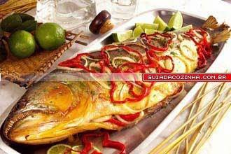 peixe vermelho inteiro assado no forno
