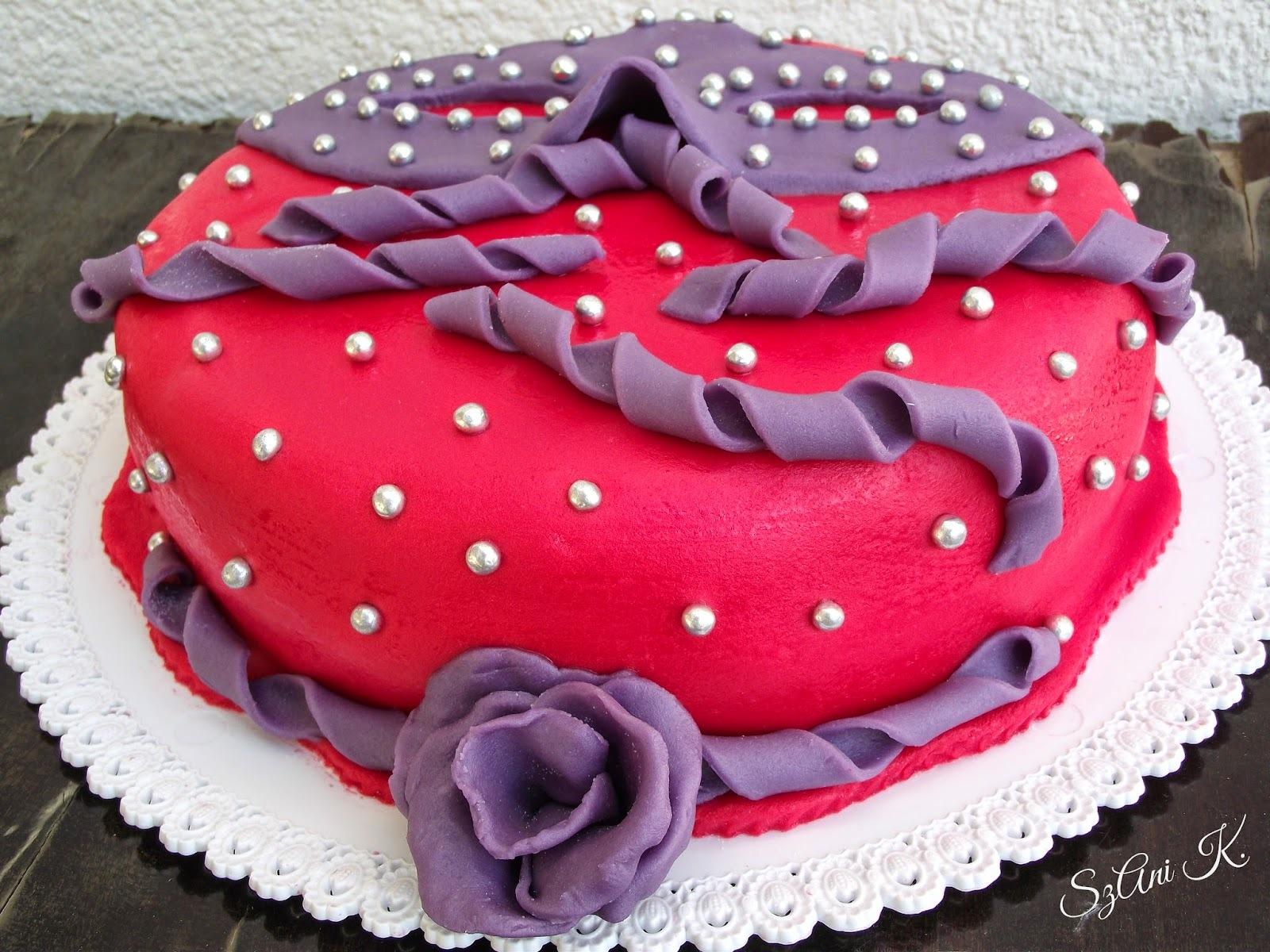 Forralt boros farsangi torta