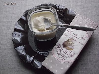 petites crèmes au café