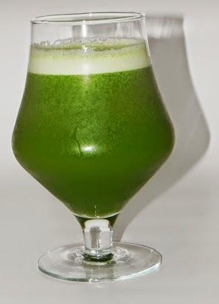 Suco Verde (Abacaxi, Gengibre e Couve)