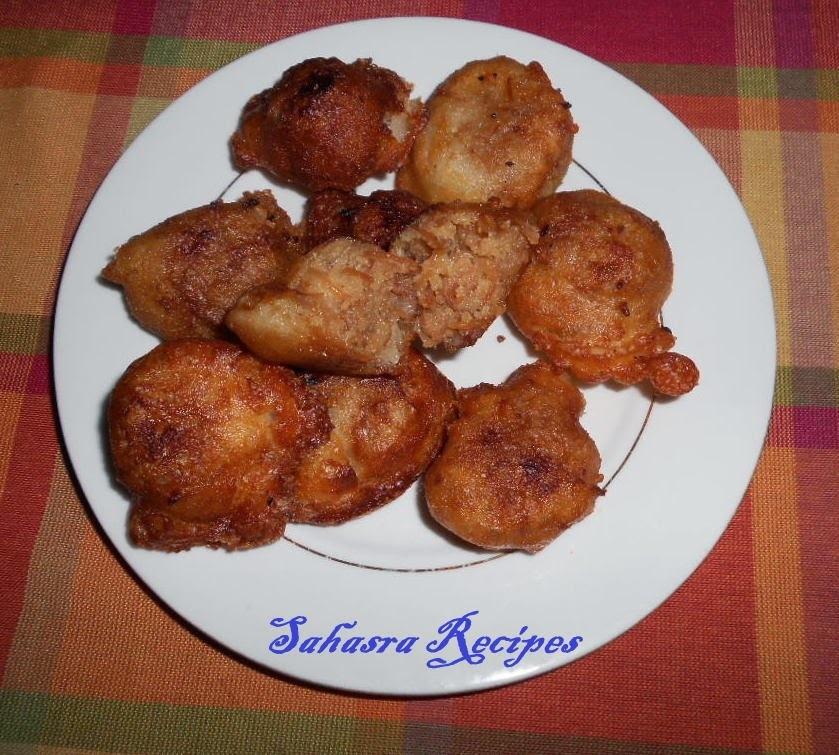 Vermicelli Sooji Halwa Dumplings / Semiya Bombay rava Boorelu