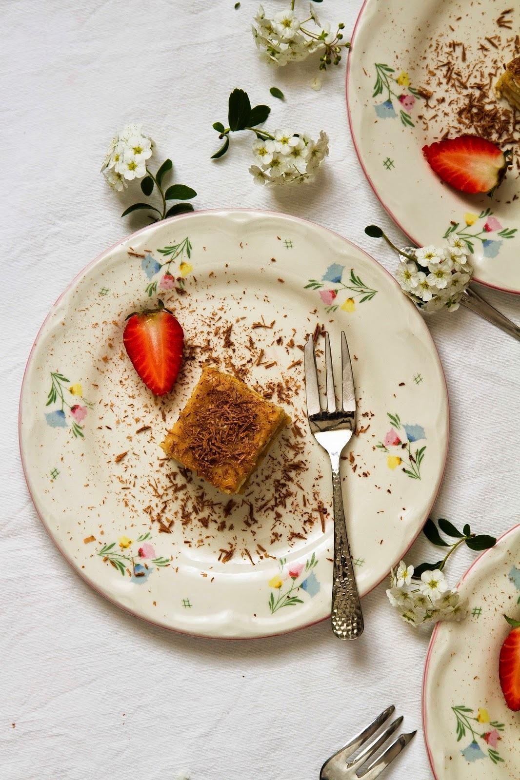 Karamellás-kekszes szelet