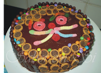 bolo montado com bolo pronto