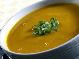 Sopa Creme de Cenoura com Óleo Essencial de Cardamomo