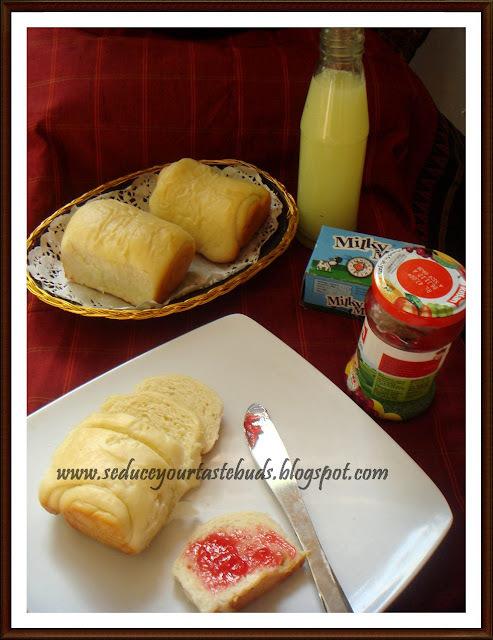 Hokkaido Milk Bread With Tangzhong