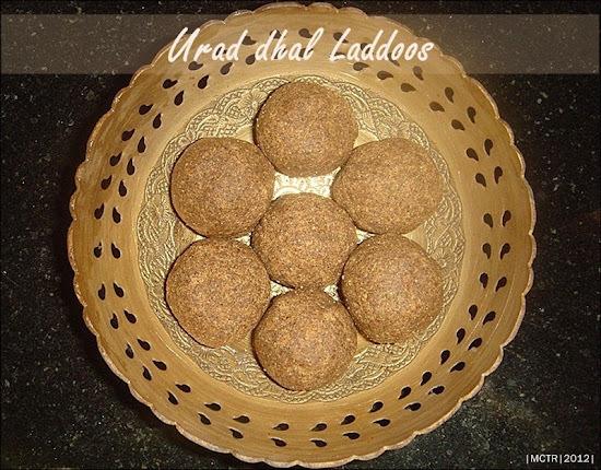 (Amma cooks) Urad dhal Laddoos / Ulundhu Karuppatti Urundai