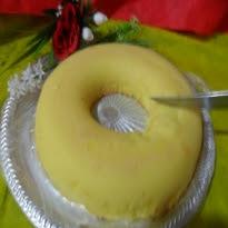 bolo de macaxeira crua com leite de coco