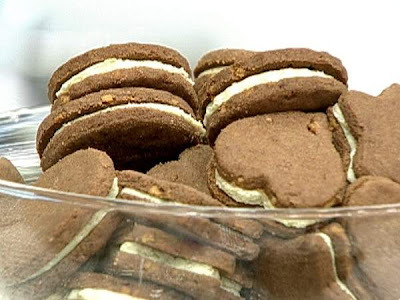Biscoitinhos de Chocolate e Nozes com Recheio de Limão