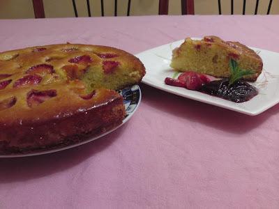 Défi du groupe Lala Moulati : cake au fraises