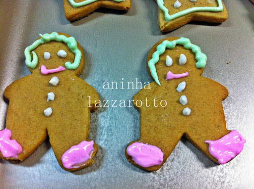 Natal é tempo de...Biscoitos de Gengibre e Mel!!!!!