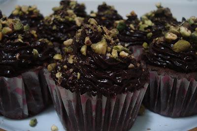 Cupcake com glacê de chocolate