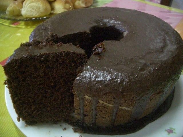 Bolo de chocolate dos FRADES ( Fica muito bom )