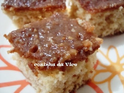 """""""Para Festas Juninas"""" - Bolo de Paçoquinha"""