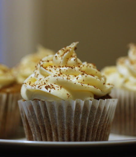 Banoffee cupcakes with dulce de leche & cream cheese frosting
