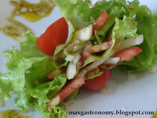 acompanhamento de salada para um prato principal lasanha