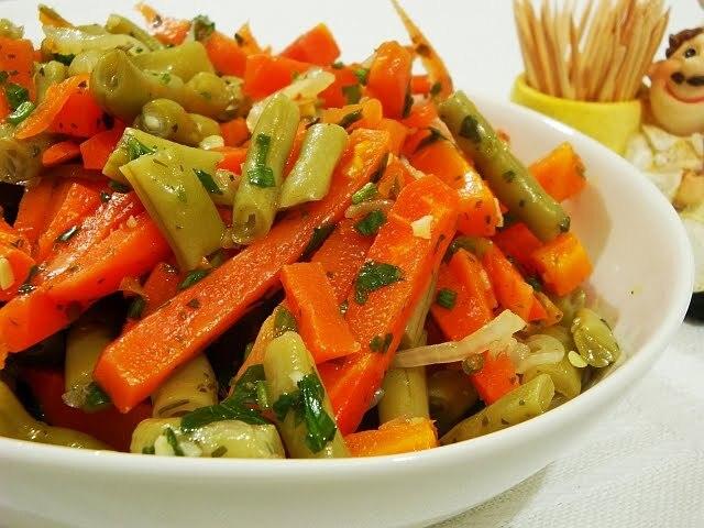 Receita de Salada com Verduras Cozidas