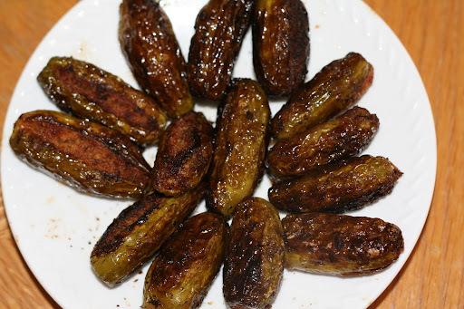 గుత్తి దొండకాయ: Kurina Dondakaya- Stuffed Tindora (Ivy gourd)