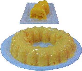 Gelatina de yogurt con mango