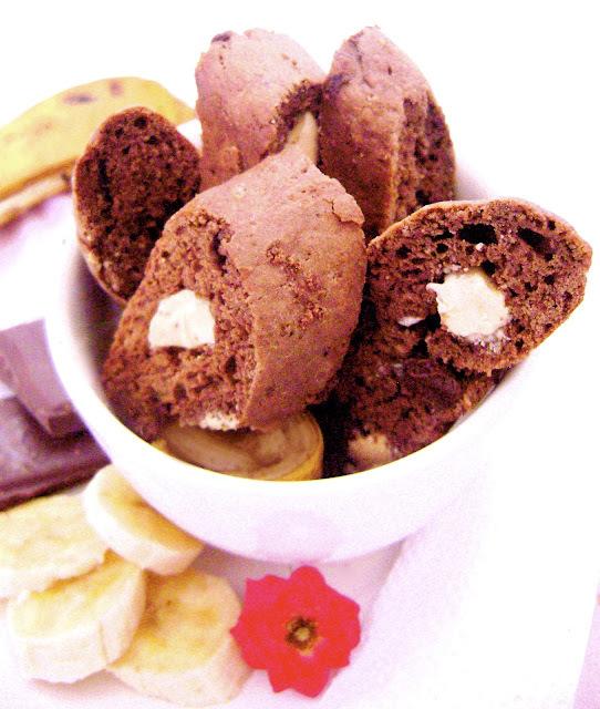 Biscotti de Banana e MUITO Chocolate