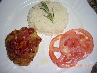 Sobrecoxas de Frango assadas com Presunto Cru e Tomate Seco - Frango dos Namorados