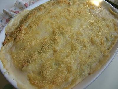 panqueques rellenos con acelga y salsa blanca
