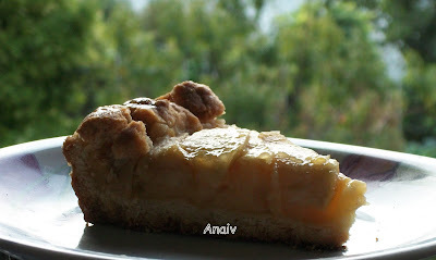 Tarta con masa frola , crema pastelera y manzanas- Crostata, pasticcera , mela