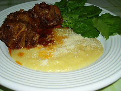 Rabada tradicional com polenta
