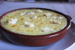 escondidinho de bacalhau gratinado com purê de batatas
