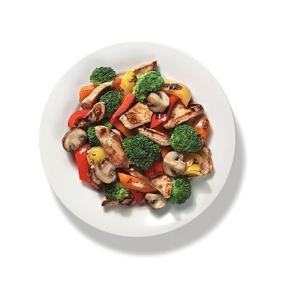 Pechuga de pollo a la plancha con vegetales rapida