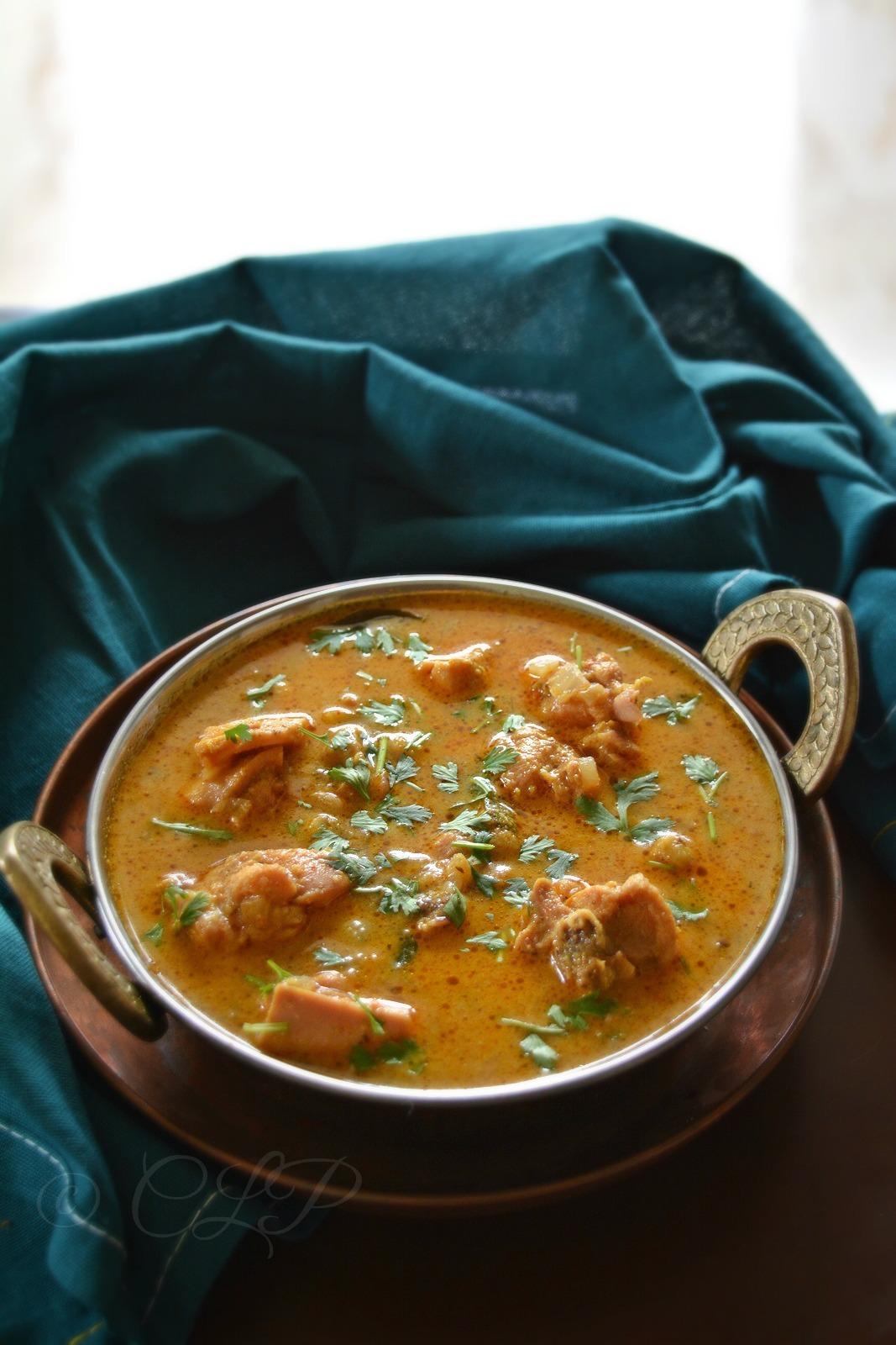Chicken Kurma | Chicken Curry for Chappathi | South Indian Chicken kurma