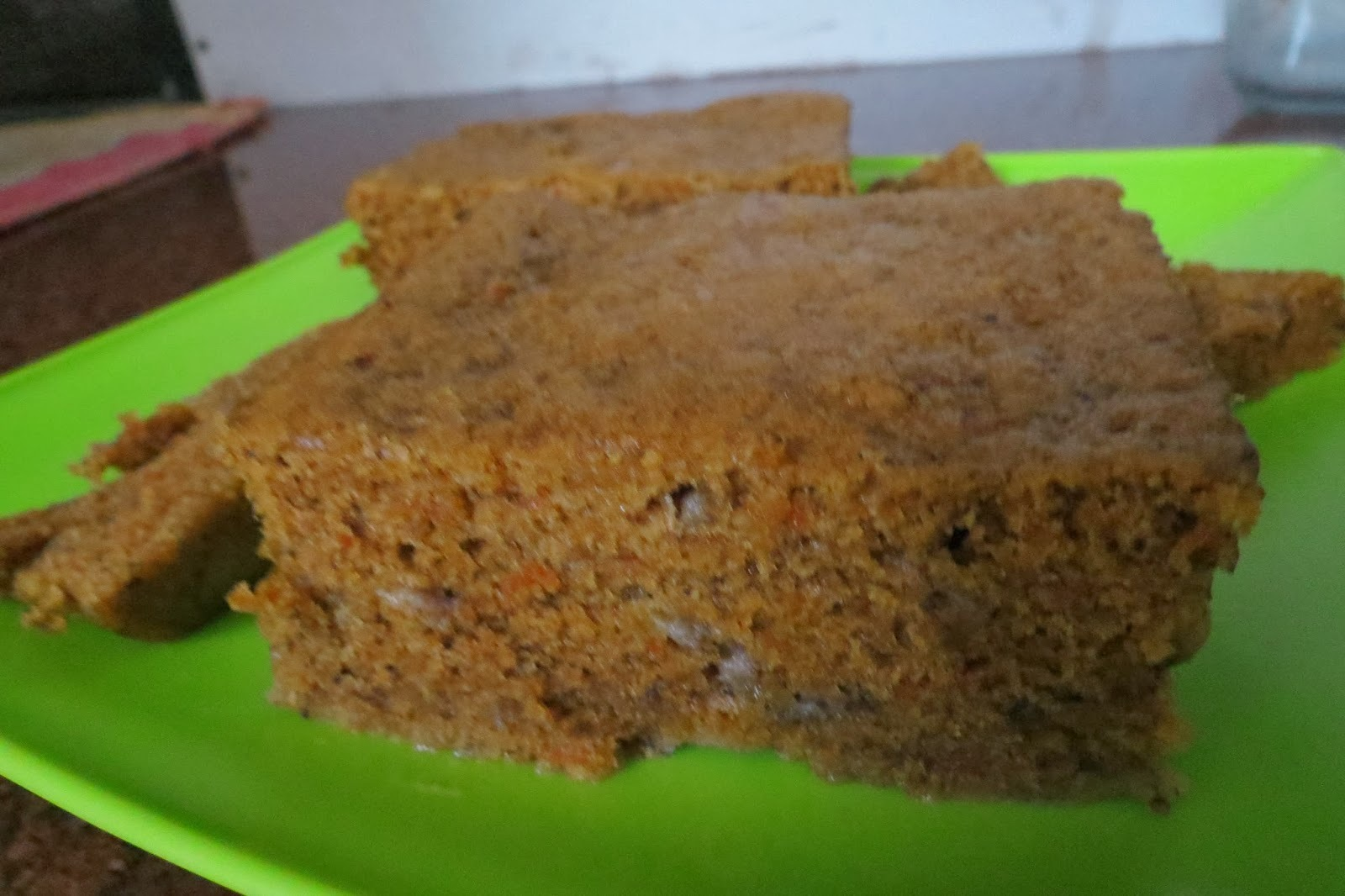 Apple banana carrot cake