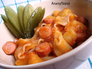 Krumplis tészta bográcsban