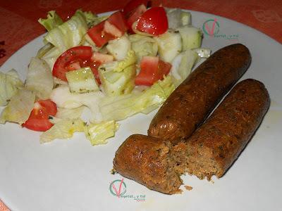 Salchichas veganas de soja texturizada