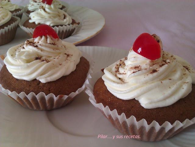 Muffins De Chocolate y Guindas