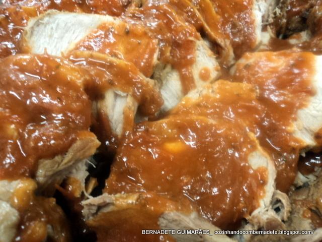 lombo de porco assado com creme de cebola