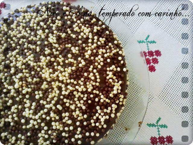 calda para molhar bolo de chocolate gelado