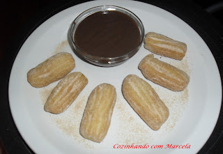 mini churros caseiro assado
