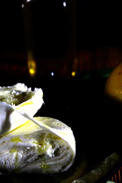 Mozzarella marinada y su croquetización deconstruida [#Asaltablogs]