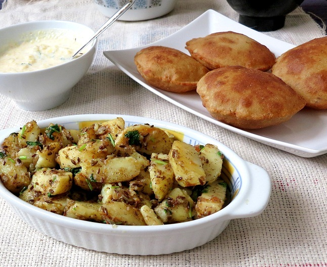 Rajgiri Ki Poori With Jeera Aloo- Fasting Recipe