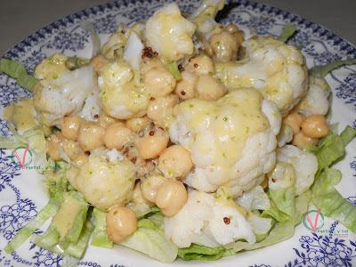 Garbanzos y coliflor con vinagreta de jengibre